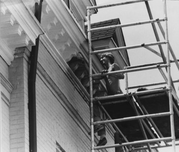 Bill Mott, a student at what was then Point Park College, worked on the trim of the Pittsburgh Playhouse in Oakland in September of 1979. (Post-Gazette photo)