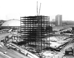 Aug. 29, 1965: Steel starts up on Chatham Center Apartments as urban renewal continues, The Pittsburgh Press wrote.