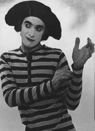 Local mime Dan Kamin performs at The Pittsburgh Playhouse in Oakland in 1973.