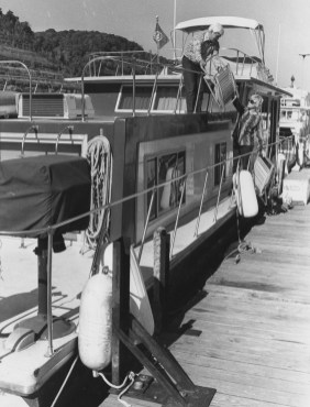 In November 1981, Don and Jane Cermak prepared their houseboat for winter by stowing their porch furniture. They lived year round on a houseboat moored on the Allegheny River.