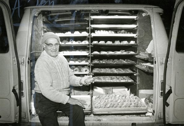 The 'Donut Man' still gets 'Round (Photo by Jim Fetters/The Pittsburgh Press)