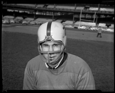The biggest newcomer to the 1957 Steelers was defensive lineman Dave Liddick who came from Detroit. He weighed 250 pounds and was cut after his second season. For a while he shared an Oakland apartment with quarterback Jack Kemp, who later became a star for the Buffalo Bills and later a Republican congressman and presidential candidate.