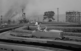 Smoke belches from Edgar Thomson Works across the river. (The Pittsburgh Press)