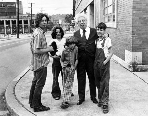 Rooney loafing in 1975 with some North Side kids on a Sunday afternoon at the corner of North Lincoln Avenue and Allegheny Avenue, the Rooney's old neighborhood. (Michael Chikiris/Post-Gazette)
