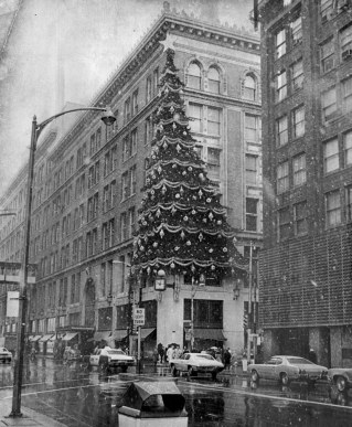 Half the tree's lights were eliminated to conserve energy in 1973.