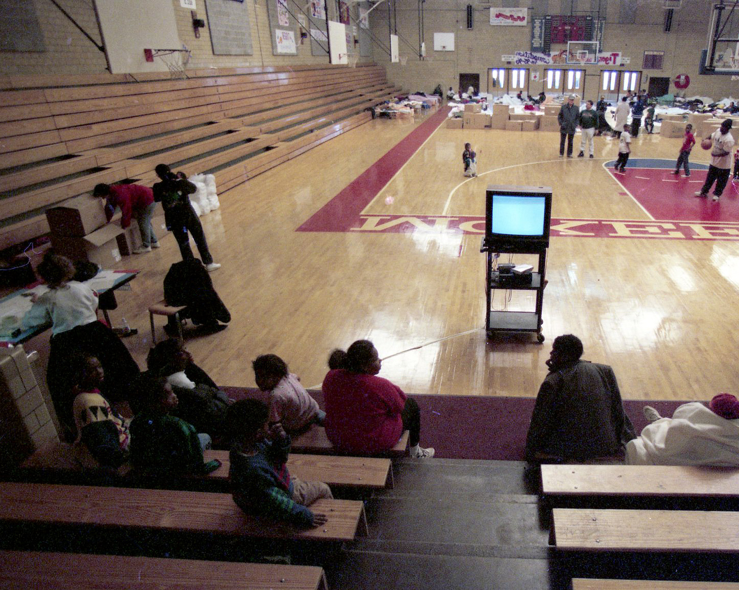 Some people sought shelter in a McKeesport gymnasium. (Annie O'Neill/Post-Gazette)
