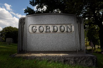 """Gordon"" is the only inscription on Nettie Gordon's gravestone at Union Dale Cemetery. (Steve Mellon/Post-Gazette)"