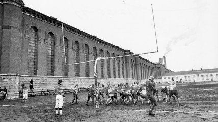 The Western Penitentiary Stealers compete in a Pittsburgh Semi-Pro Club League football game. Photo taken Dec. 25, 1977. (Pittsburgh Press)