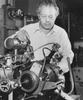 Cleto Lappa with the 3-cylinder engine he patented, June 10, 1981. (Kent Badger/Pittsburgh Press)
