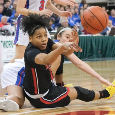 Rogers' Zia Cooke (1) battles Dayton Carroll's Allie Stefanek (24) for a loose during a girls Division II State Championship basketball game Saturday, March 16, 2019, at the Jerome Schottenstein Center in Columbus, Ohio. Rogers defeated Carroll, 56-45.THE BLADE/JEREMY WADSWORTH SPT D2stateGBK17