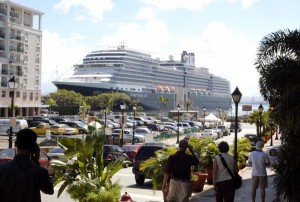 From May to June 2014, a total of 49 cruise ships and 152,589 passengers arrived to Puerto Rico.  (Credit: © Mauricio Pascual)
