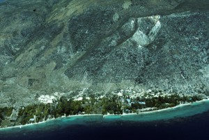 Aerial view of bare denuded mountains along Haiti's north coast. Less than 2% of the country's land area is forested today. (Credit: Larry Luxner)