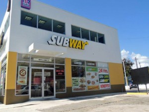 Entrepreneurs interested in new business opportunities are being invited to participate in monthly meetings to learn about joining the Subway restaurant franchise chain in Puerto Rico.