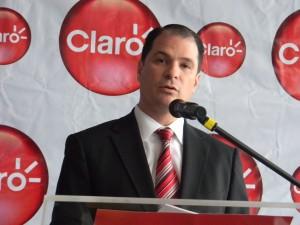Claro President Enrique Ortiz de Montellano talks about the company's new IPTV service.