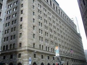 The New York Federal Reserve's Manhattan headquarters. (Credit: www.wikipedia.org.)
