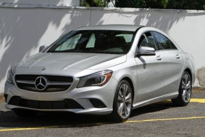 The four-door coupe features high-end trims and new Mercedes-Benz technologies.