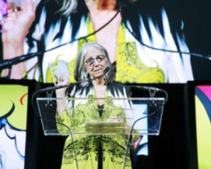Marie Helene Morrow accepts the prestigious industry award.
