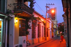 Romantic gas lamps light the colonial streets of Cartagena, Colombia. (Credit: Larry Luxner)