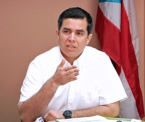 ASES Executive Director Ricardo Rivera.