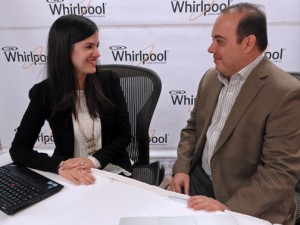 Yenisey De Armas, category manager and Néstor G. Cardona, sales strategy manager for Whirlpool.