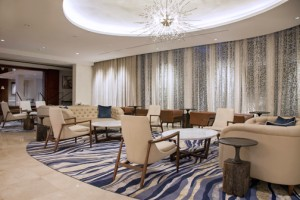 The redesigned public space areas provide a warm and modern ambience for business meetings and leisure.