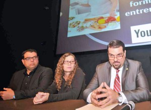 "From left: Freddie Agrait, executive director of ""TecnoAbuelos,"" Miriam Cartagena, head of Citizen Affairs for the town of Caguas and Telecom Board President Javier Rúa-Jovet, offer details of the new initiative Monday."