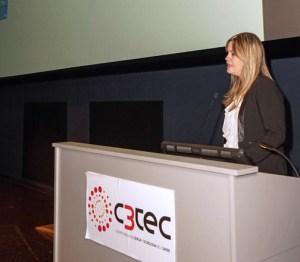 Saskia Gómez addresses participants during Tuesday's award ceremony.