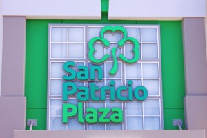 San Patricio Plaza officials and security meet on a monthly basis with police authorities to discuss incidents and exchange ideas to help clear up cases and improve the mall's security protocols.