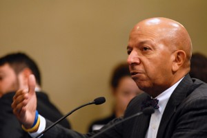 Former Washington, D.C. Mayor Anthony Williams testifies at a hearing on Puerto Rico's fiscal crisis called by the U.S. House Committee on Natural Resources. (Credit: Larry Luxner)
