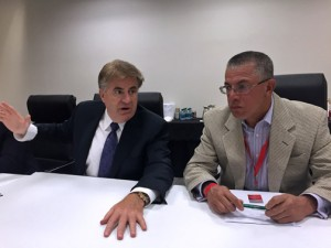 From left: Bob Carter and Héctor Rivera.