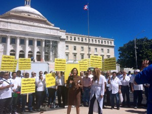 Contractors representing a cross-section of industries marched in front of the Puerto Rico Capitol Tuesday.