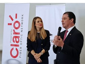 From left: Sofia Stolberg, co-founder and chief executive of Piloto 151 and Enrique Ortiz de Montellano, president of Claro, discuss details of the partnership.