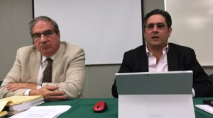Economists Association President Juan Villeta-Trigo and Economist and Professor Antonio Fernós-Sagebién.
