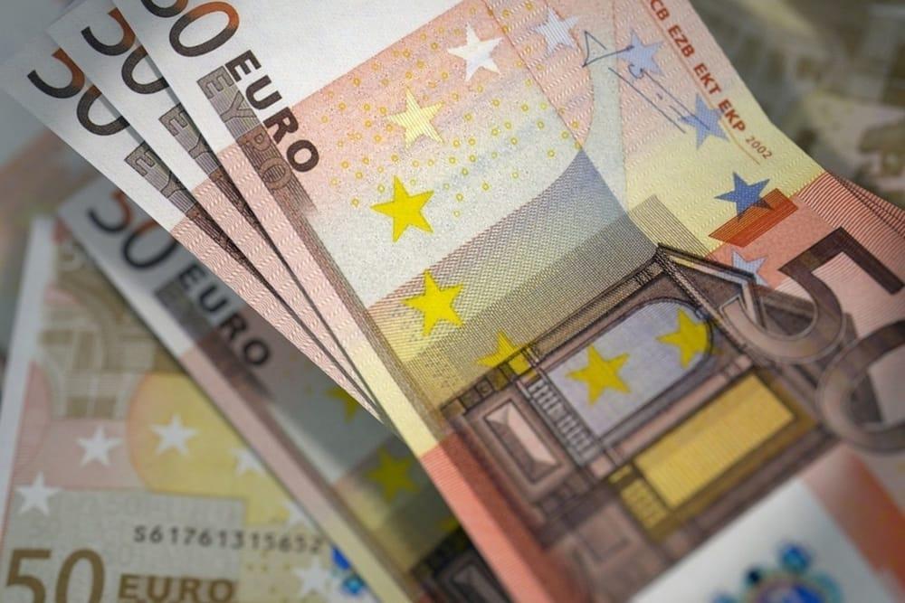 Anief, 68 euro di aumento dello stipendio per i docenti sono ancora pochi