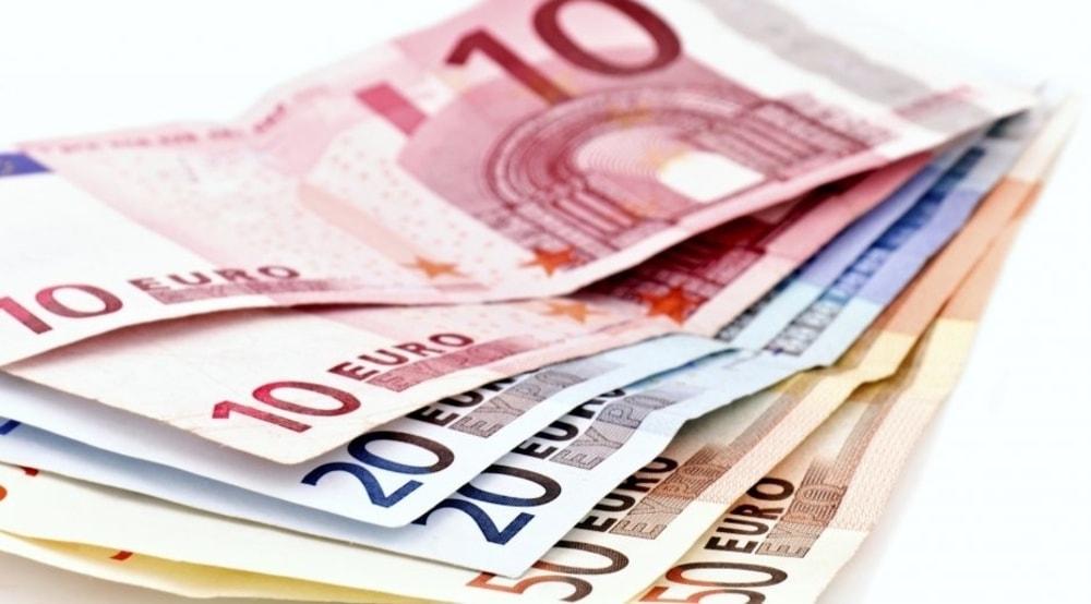 Organico Covid, stipendi lordi mensili da 2000 Euro in su: importi docenti e ATA