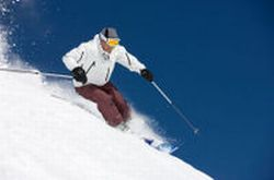 Thredbo-or-Perisher-Blue-Weekend-Snow-Tour-from-Canberra-or-Sydney-3-Day-Short-Break