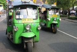 bangkok-tuk-tuk-small-group-adventure-tour-in-bangkok-thailand