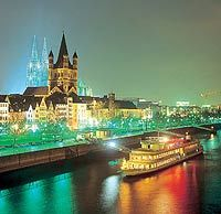 cologne-rhine-river-advent-evening-dinner-cruise-on-ms-stolzenfels-in-cologne-1