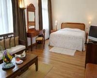 Standard Room at Earl's Regency Hotel in Kandy