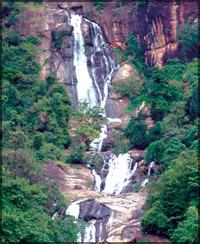 waterfall-on-Ramayana-trail-sri-lanka