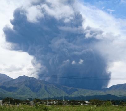 阿蘇山 噴火 画像