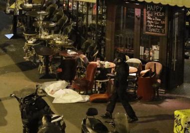 パリ テロ 大虐殺 事件 写真 画像
