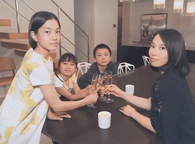 加藤浩次 家族写真