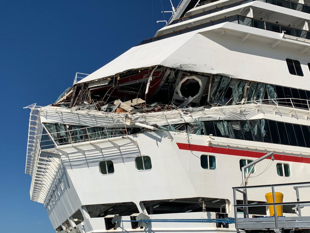 Cruise Ships Collide In Mexico, Terrifying Accident Captured On Video