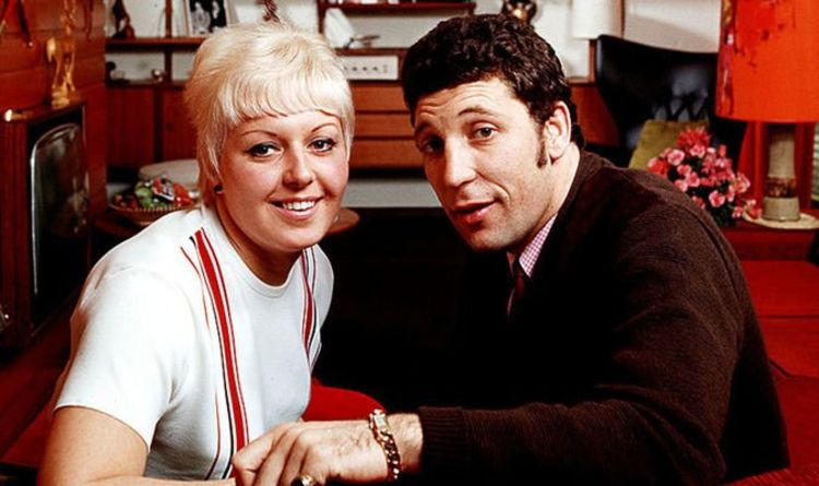 Tom Jones pays tribute to wife on new song after she begged him to 'carry on' without her