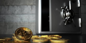 Hedging against US dollar decline: Bitcoin rises after Fed signals loose monetary policy