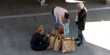 UN raises global economic growth outlook on increased US consumer spending