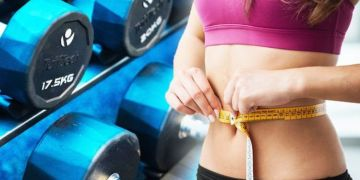 Fitness review: Is using an online personal trainerworth it? How to stay fit at home