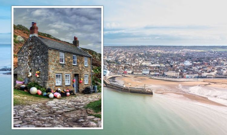 Property: Best seaside towns to buy a home in the UK – latest graphic