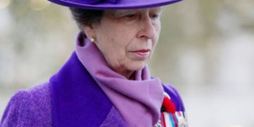 'Teary' Princess Anne 'struggling with Prince Philip loss' body language expert claims
